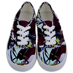 Immediate Attraction 9 Kids  Classic Low Top Sneakers