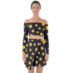 Yellow Stars Pattern Off Shoulder Top With Skirt Set