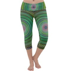 Wire Woven Vector Graphic Capri Yoga Leggings