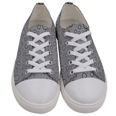 Water Glass Pattern Drops Wet Women s Low Top Canvas Sneakers