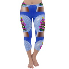 Seamless Repeat Repeating Pattern Art Capri Winter Leggings