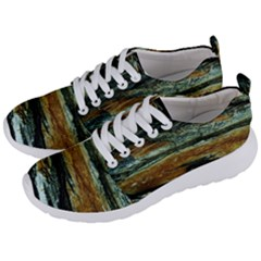 Tree In Highland Park Men s Lightweight Sports Shoes by bestdesignintheworld