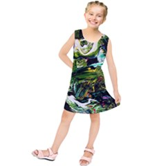 Bow Of Scorpio Before A Butterfly 8 Kids  Tunic Dress by bestdesignintheworld