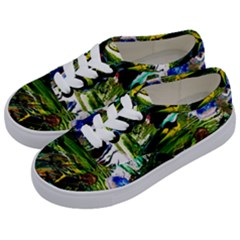 Bow Of Scorpio Before A Butterfly 8 Kids  Classic Low Top Sneakers by bestdesignintheworld