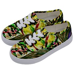 House Will Be Buit 4 Kids  Classic Low Top Sneakers by bestdesignintheworld