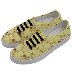 Funny Sunny Ice Cream Cone Cornet Yellow Pattern  Men s Classic Low Top Sneakers by yoursparklingshop