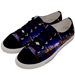 Toronto City Cn Tower Skydome Men s Low Top Canvas Sneakers