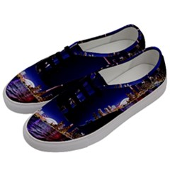 Toronto City Cn Tower Skydome Men s Classic Low Top Sneakers