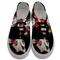 Animal Skull With A Wreath Of Wild Flower Men s Classic Low Top Sneakers