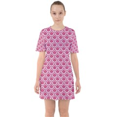 SCALES2 WHITE MARBLE & PINK DENIM Sixties Short Sleeve Mini Dress