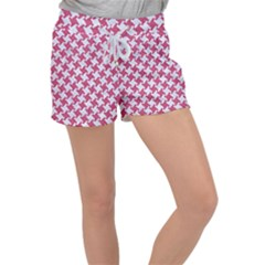 HOUNDSTOOTH2 WHITE MARBLE & PINK DENIM Women s Velour Lounge Shorts