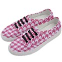 HOUNDSTOOTH1 WHITE MARBLE & PINK DENIM Women s Classic Low Top Sneakers View2