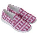HOUNDSTOOTH1 WHITE MARBLE & PINK DENIM Women s Lightweight Slip Ons View3