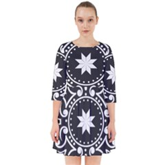 Table Pull Out Computer Graphics Smock Dress