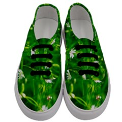 Inside The Grass Men s Classic Low Top Sneakers