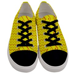 Yellow Background Abstract Men s Low Top Canvas Sneakers
