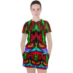 Faces Women s Tee and Shorts Set