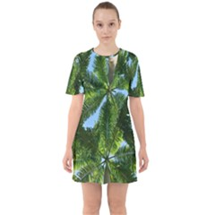 Paradise Under The Palms Sixties Short Sleeve Mini Dress