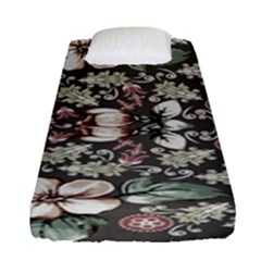 Seamless Pink Green And White Florals Peach Fitted Sheet (single Size)