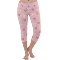 Heart Love Pattern Capri Yoga Leggings by Nexatart