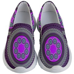 Round Pattern Ethnic Design Kid s Lightweight Slip Ons by Nexatart