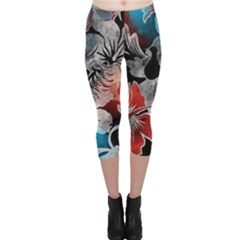 Beautiful Hibiscus Flower Design  Capri Leggings