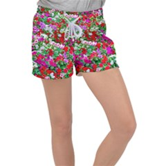Colorful Petunia Flowers Women s Velour Lounge Shorts
