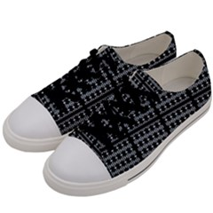 Tampa Y 002 Men s Low Top Canvas Sneakers by moss