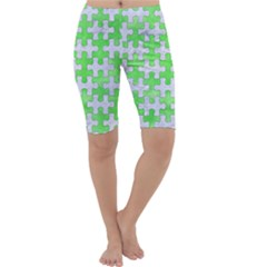 Puzzle1 White Marble & Green Watercolor Cropped Leggings