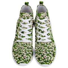 Green Field Of White Daisy Flowers Men s Lightweight High Top Sneakers