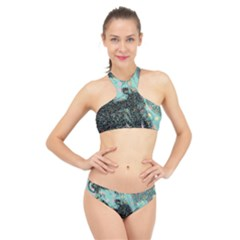Grainy Angelica High Neck Bikini Set