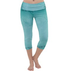 Wall 2507628 960 720 Capri Yoga Leggings