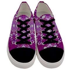 Wonderful Star Flower Painted On Canvas Men s Low Top Canvas Sneakers