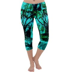 Hot Day In Dallas 50 Capri Yoga Leggings by bestdesignintheworld