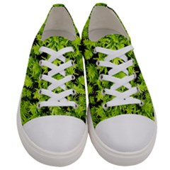 Green Hedge Texture Yew Plant Bush Leaf Women s Low Top Canvas Sneakers