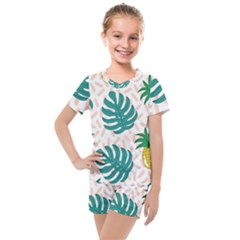 Green Leaf Fruite Pineapples Kids  Mesh Tee And Shorts Set