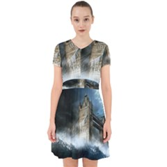 Manipulated Lodon Bridge Water Waves Adorable In Chiffon Dress
