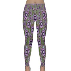 Jungle Fantasy Flowers Climbing To Be In Freedom Classic Yoga Leggings by pepitasart