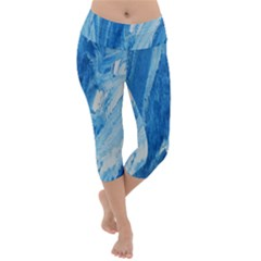 Water Lightweight Velour Capri Yoga Leggings