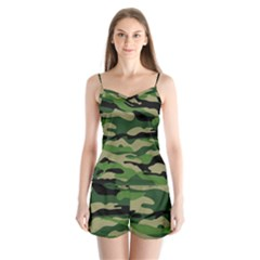 Green Military Vector Pattern Texture Satin Pajamas Set