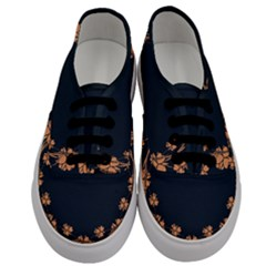 Floral Vintage Royal Frame Pattern Men s Classic Low Top Sneakers