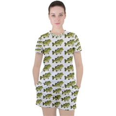 Green Small Fish Water Women s Tee And Shorts Set