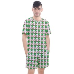 Gingerbread Men Seamless Green Background Men s Mesh Tee And Shorts Set