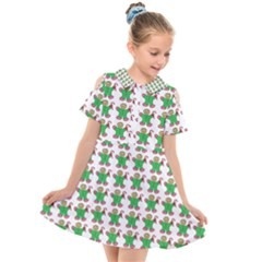 Gingerbread Men Seamless Green Background Kids  Short Sleeve Shirt Dress