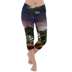 Lone Tree Fantasy Space Sky Moon Lightweight Velour Capri Yoga Leggings