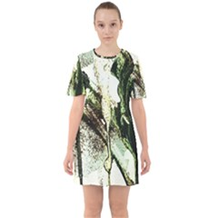 There Is No Promisse Rain 4 Sixties Short Sleeve Mini Dress