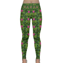 The Most Sacred Lotus Pond With Fantasy Bloom Lightweight Velour Classic Yoga Leggings