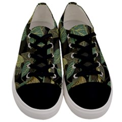 Autumn Fallen Leaves Dried Leaves Men s Low Top Canvas Sneakers