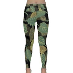 Autumn Fallen Leaves Dried Leaves Lightweight Velour Classic Yoga Leggings