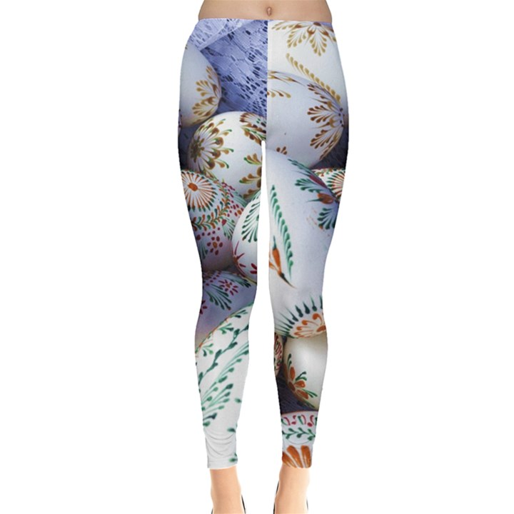 Model Color Traditional Leggings